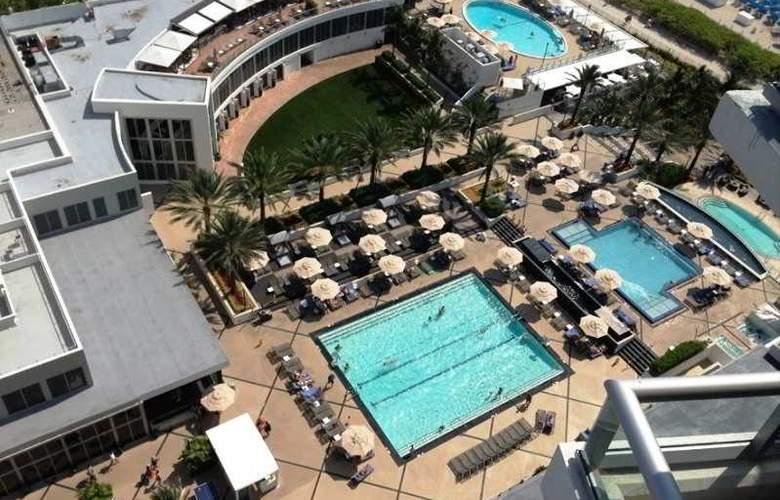 Eden Roc Miami Beach Renaissance Resort & Spa - Pool - 4
