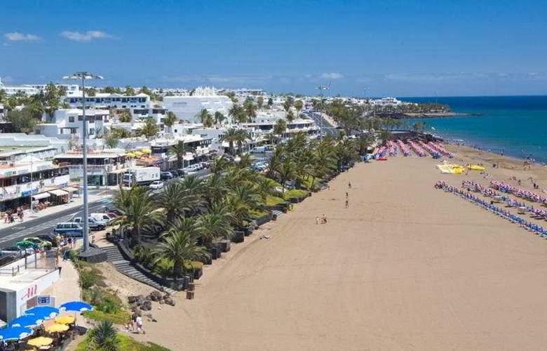 Suite Hotel Fariones Playa - Beach - 7
