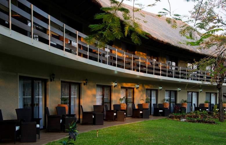 A Zambezi River Lodge - Hotel - 0
