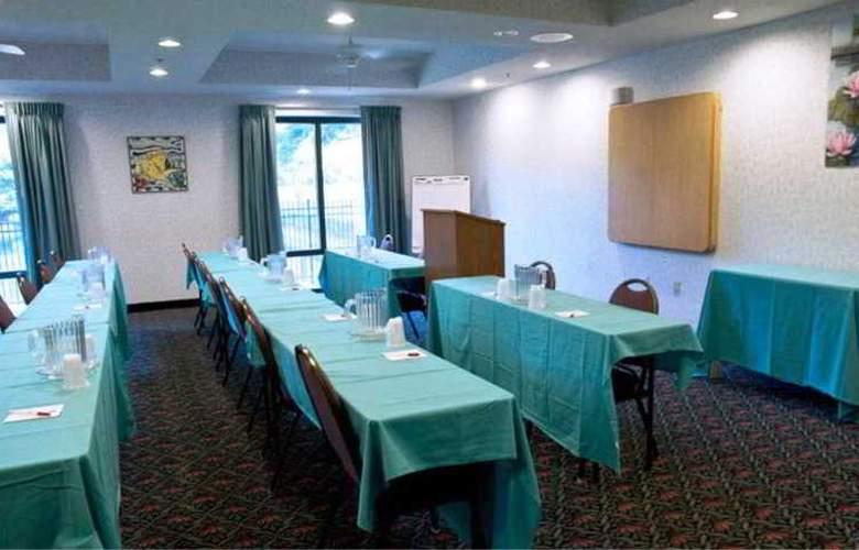 Comfort Suites - Conference - 9