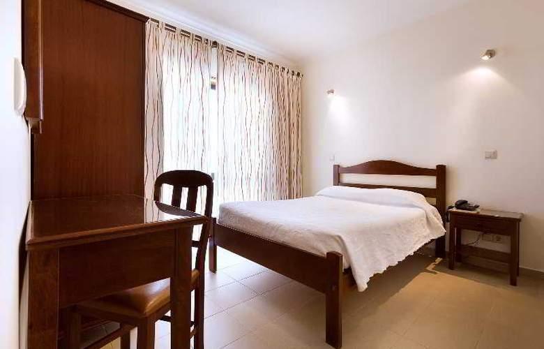 Ribeiro Hotel - Room - 7