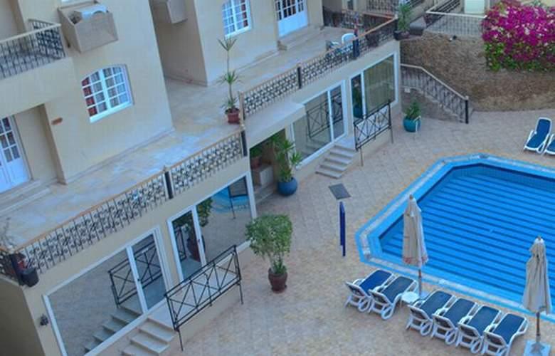 Elysees Premier Hotel - Pool - 1