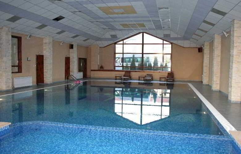 Evelina Palace - Pool - 5