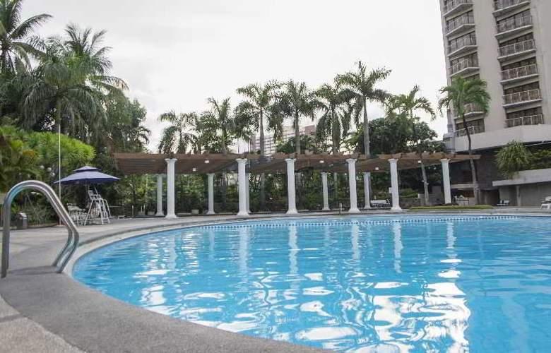 The Century Park - Pool - 21