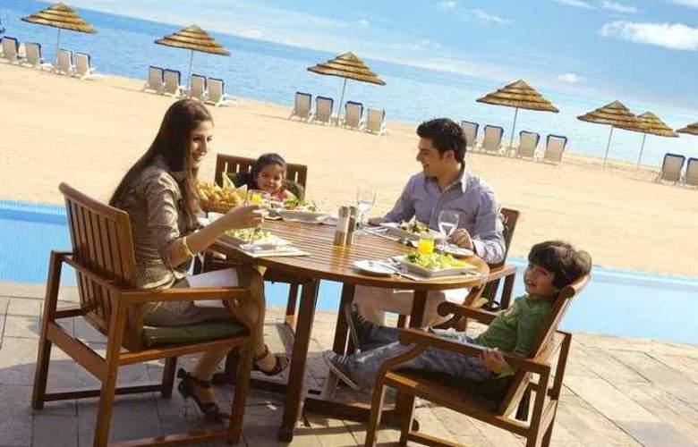 Hilton Kuwait Resort - Hotel - 10