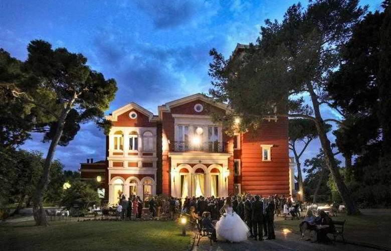Mercure Villa Romanazzi Carducci Bari - Hotel - 40