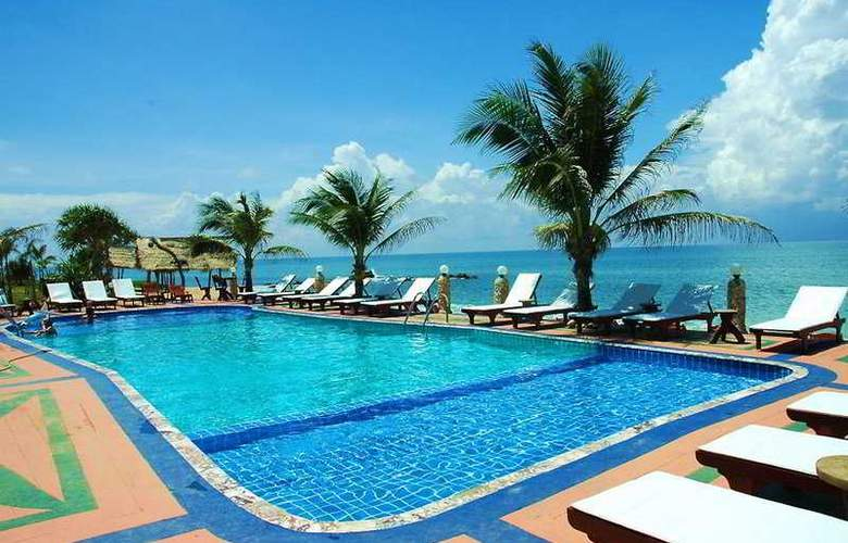 Lanta Palace Resort & Beach Club - Pool - 3
