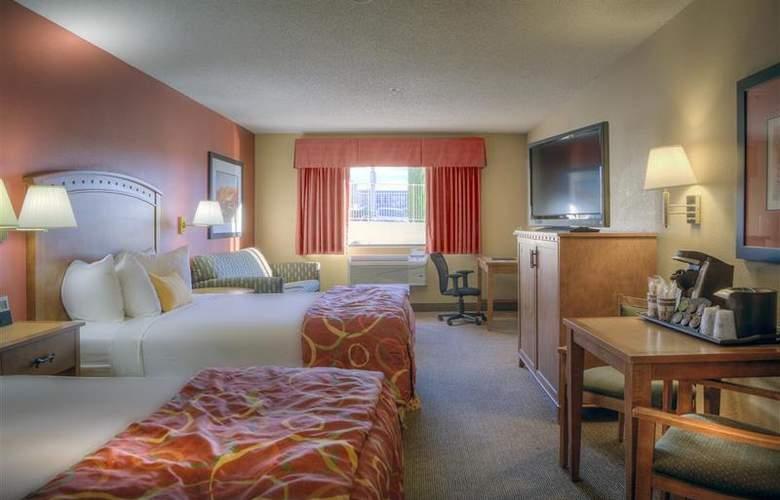 Best Western Plus at Lake Powell - Room - 28
