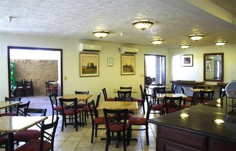 Best Western Plus Ahtanum Inn - Restaurant - 118