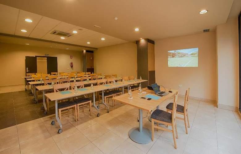 Fuengirola Beach - Conference - 30