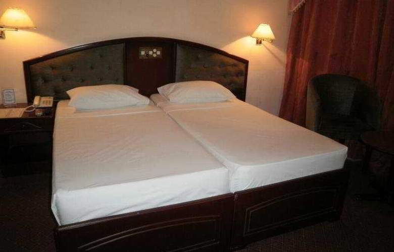 Devon - Room - 4
