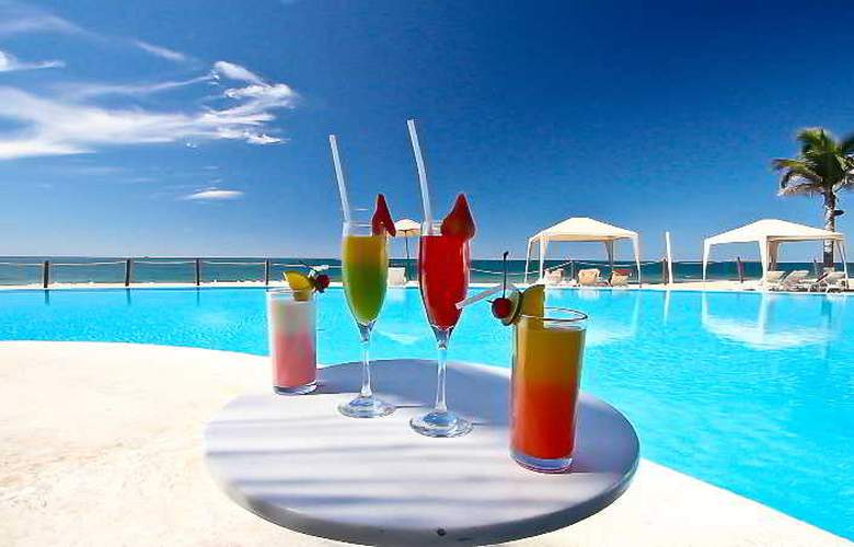 Crowne Plaza Resort Mazatlan - Restaurant - 47