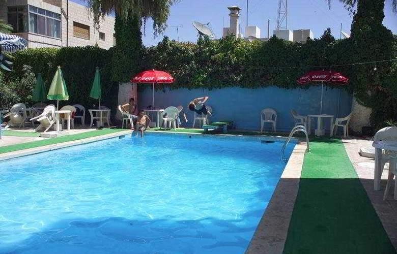 Al Manar - Pool - 3