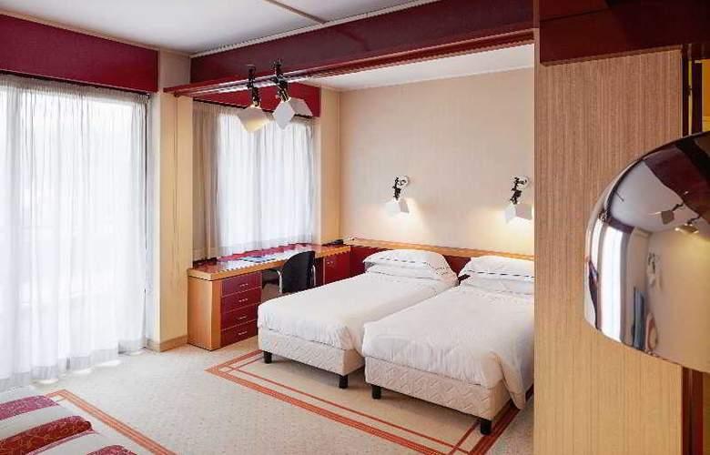 Excel Milano 3 Hotel - Room - 9