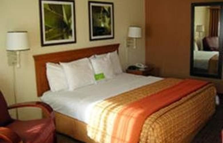 La Quinta Inn San Antonio / Sea World - Room - 5