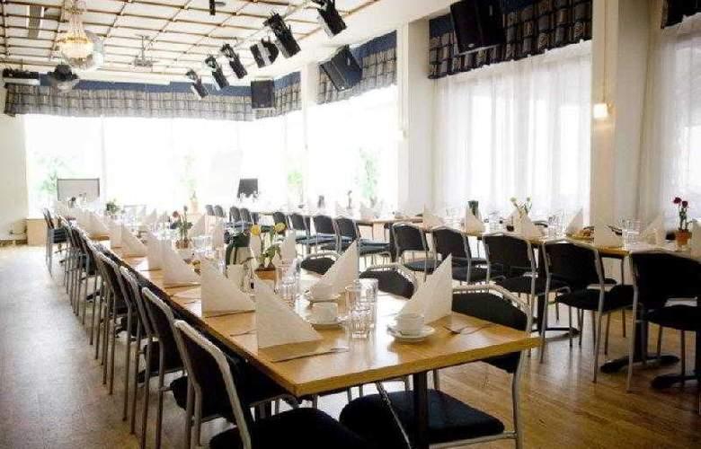 BEST WESTERN Hotel Tranas Statt - Hotel - 6
