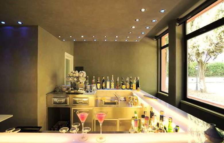 Domo Spa & Resort - Bar - 22