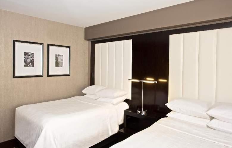 Beverly Hills Marriott - Room - 21