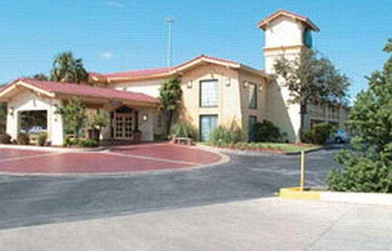 La Quinta Inn San Antonio Lackland - General - 2