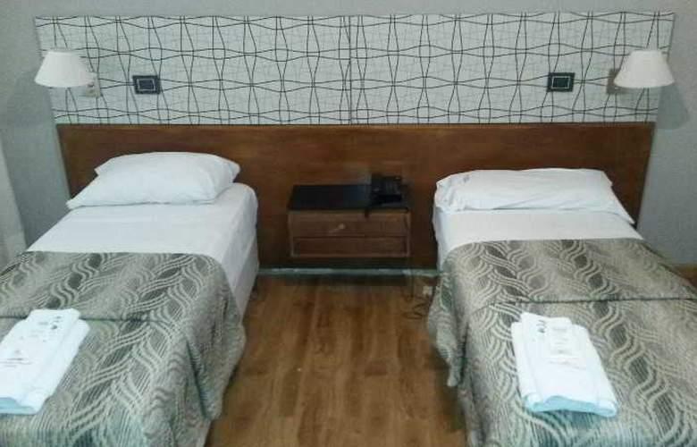 Tucuman Palace Hotel - Room - 6