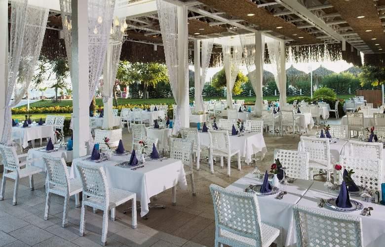 Alva Donna Hotel&Spa - Restaurant - 12