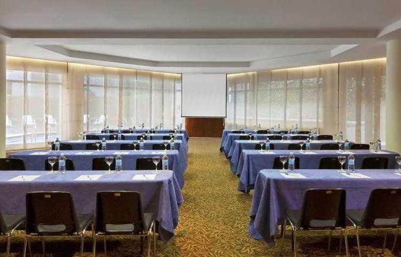 Four Points By Sheraton Medellin - Hotel - 17
