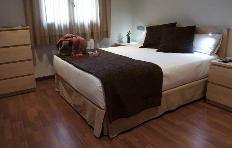 Madanis Apartments - Room - 9
