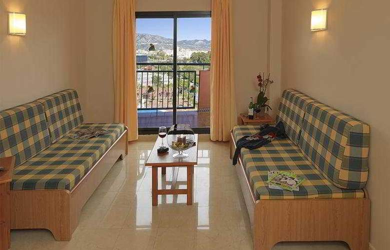Fuengirola Beach - Room - 9