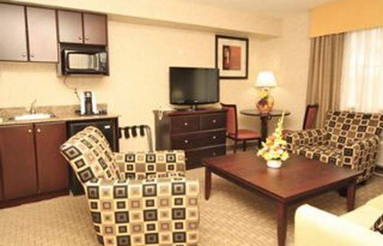 Quality Hotel & Suites - Room - 4