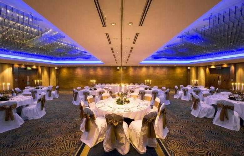 Hilton Cardiff - Restaurant - 7