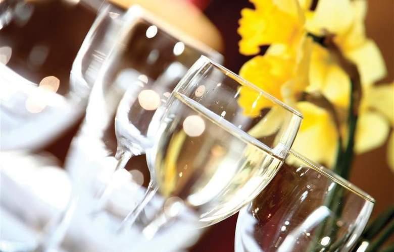 Best Western Willerby Manor Hotel - Restaurant - 53