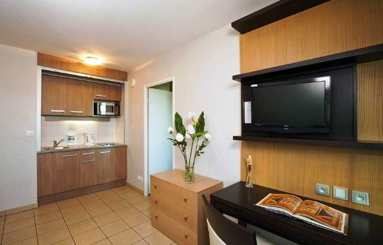 Residhome Toulouse Occitania - Room - 17