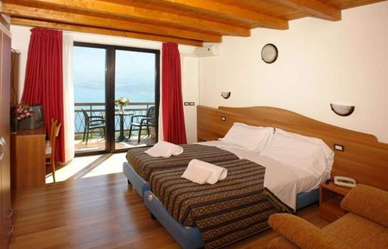 Village Bazzanega - Hotel - 2
