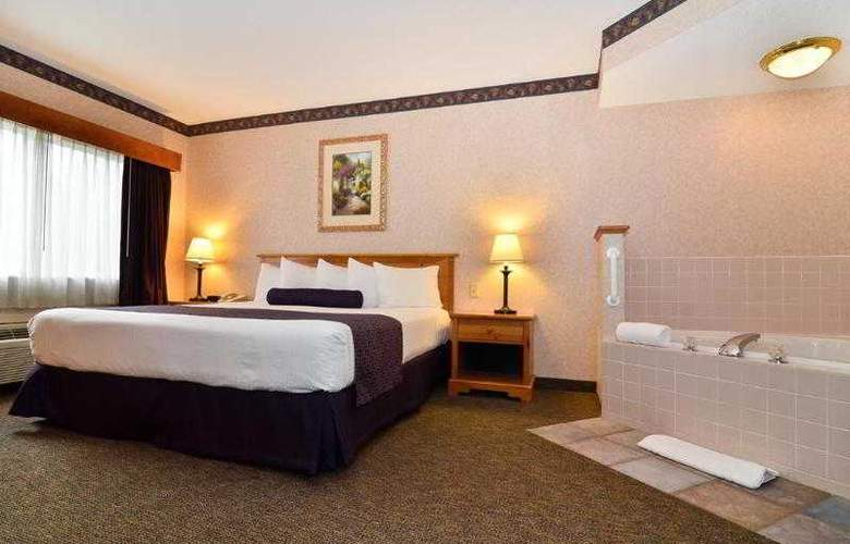 Best Western Plus Executive Court Inn - Hotel - 49