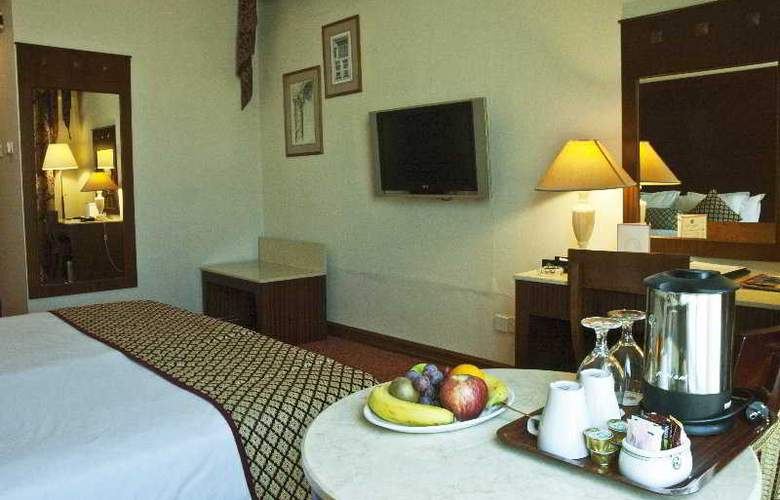 Regent Palace - Room - 4