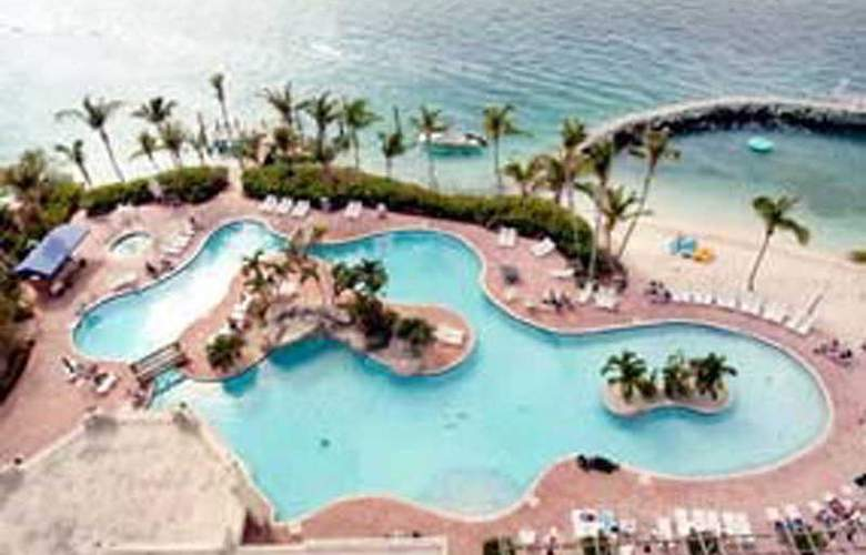 Paradise Island Harbour Resort All Inclusive - Pool - 4