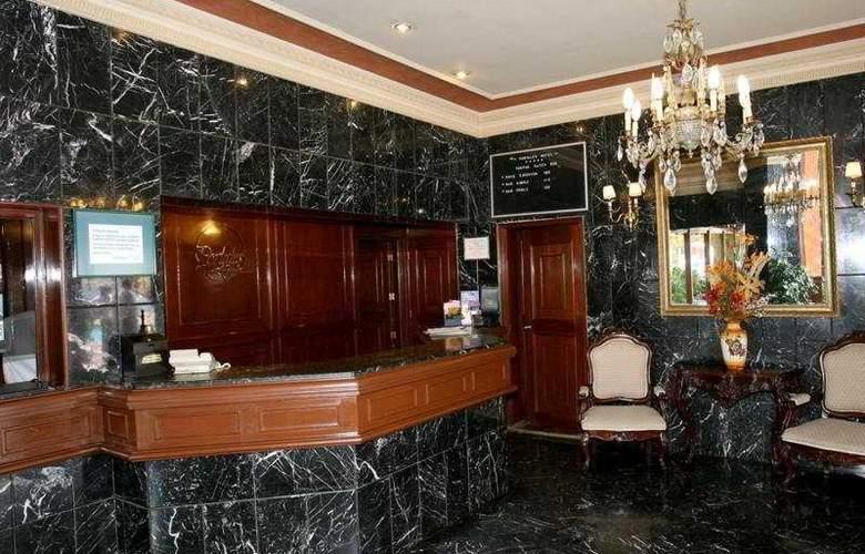 Portales - Hotel - 0