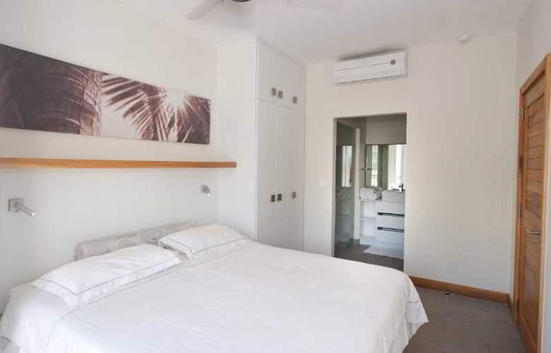 Cape Bay Luxury Beach Apartments By BARNES - Room - 14