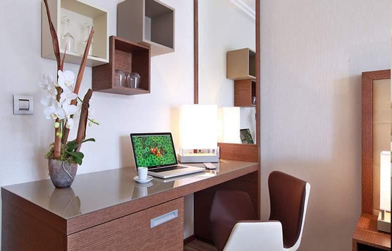 AC Hotel Ambassadeur Antibes - Juan les Pins - Room - 14