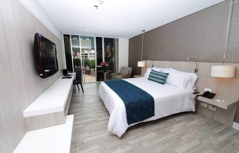 Hotel BH Bicentenario - Room - 4