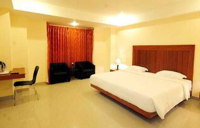 KVC International Hotel - Room - 5