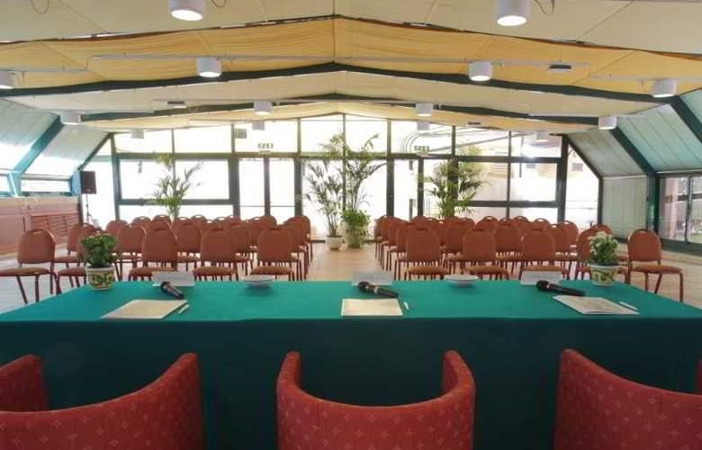 Grande Albergo Maugeri - Conference - 9