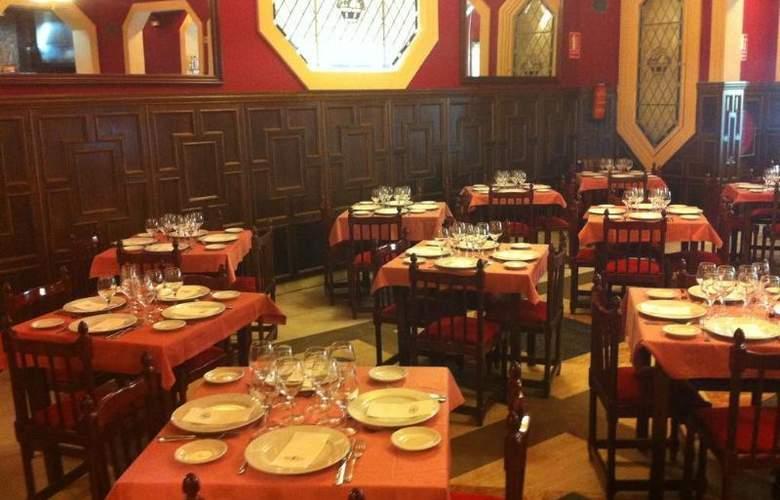 Miranda and Suizo - Restaurant - 3