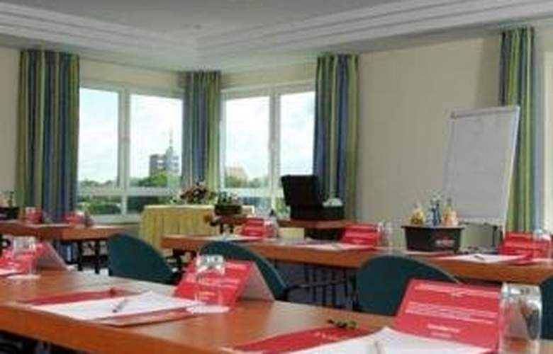 Intercity Hotel Stralsund - Conference - 0