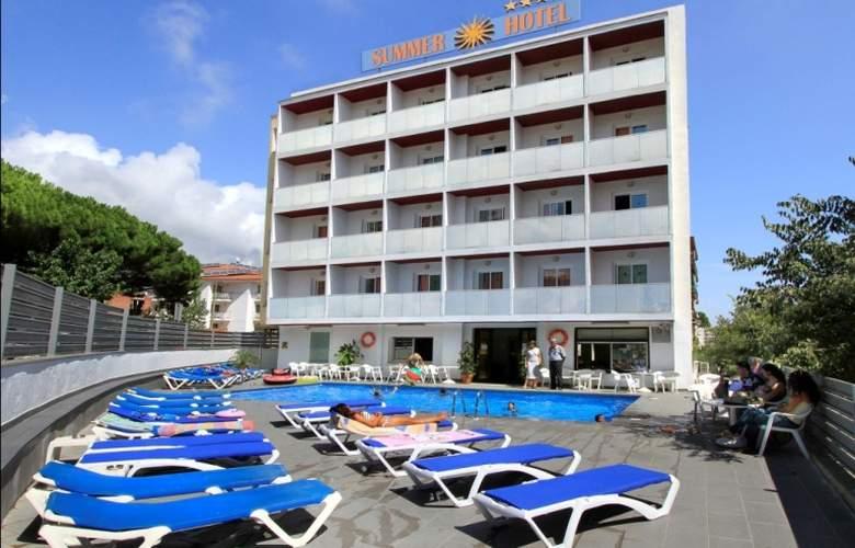 Summer - Hotel - 0