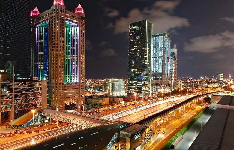 Fairmont Dubai - Hotel - 0