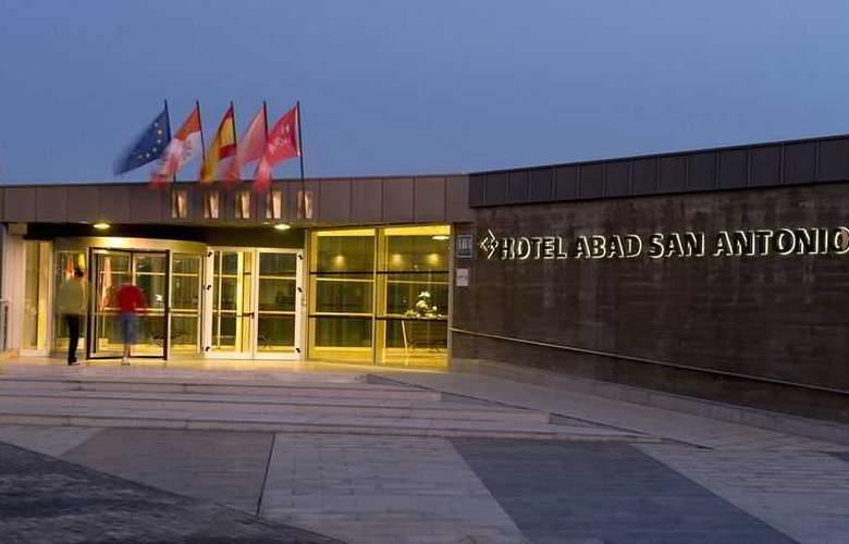 Husa Abad San Antonio - Hotel - 7