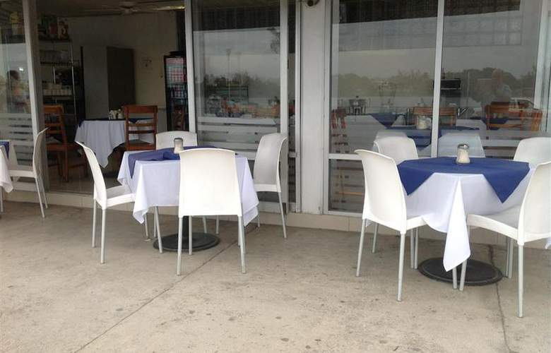 Best Western Riviera De Tuxpan - Restaurant - 33