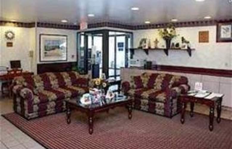 Quality Inn & Suites Atlanta Airport South - General - 1