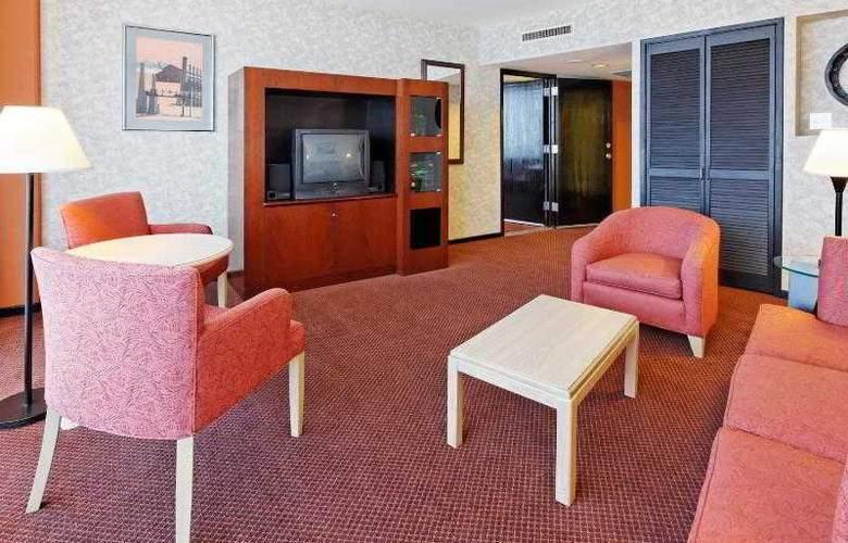 Holiday Inn Monterrey Parque Fundidora - Room - 22